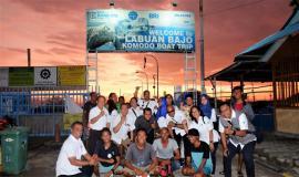 Foto Bersama Kabalmon Kupang dengan Para nelayan Kabupaten Manggarai barat di Lokasi Labuan Bajo Komodo Boat Trip 13/11/2019