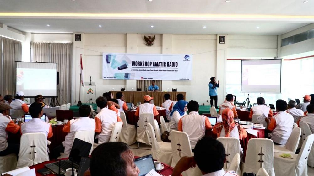 Suasana Workshop Amatir Radio di Surabaya